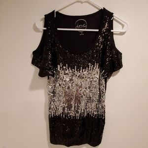 Ready to Party Evening sequin top 😊